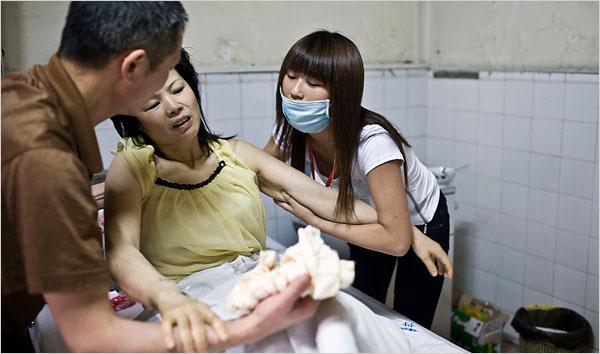 2008 Earthquake Volunteer Generosity - Collective Responsibility